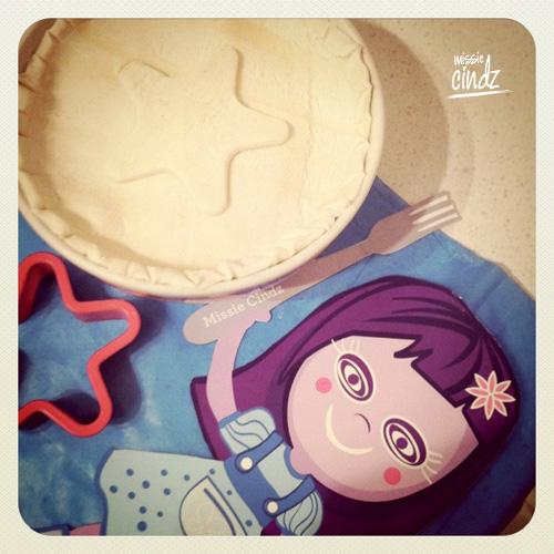 Missie Cindz British Pie Week