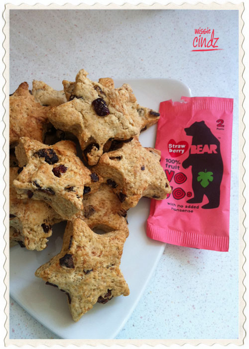Missie Cindz Michelin 'A' Star scones using BEAR strawberry Yo-yo toll-up fruits