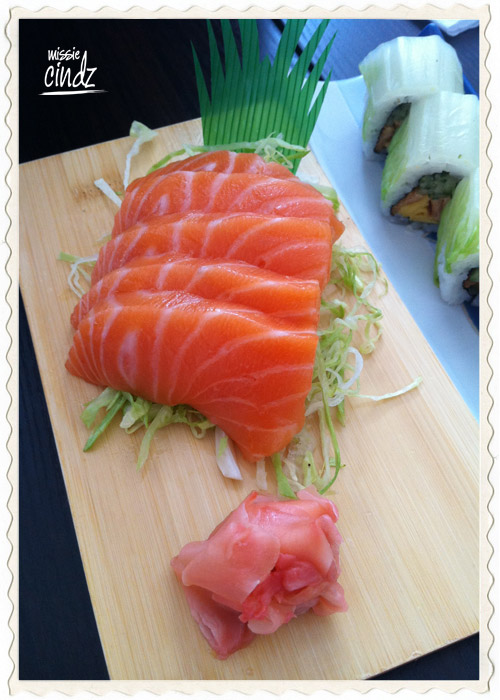Delcious thick chunky 'meaty' pieces of salmon sashimi
