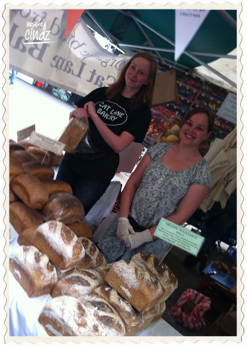 The smiley staff from Cat Lane Bakery – run by Beanies Wholefoods