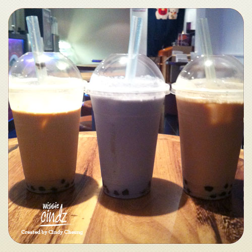 Forget milkshakes, ice coffees or fresh fruit juices, its all about bubble teas!! Yum