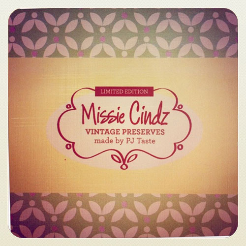 Missie Cindz Vintage Preserves gift wrap (2 of 4 different designs)