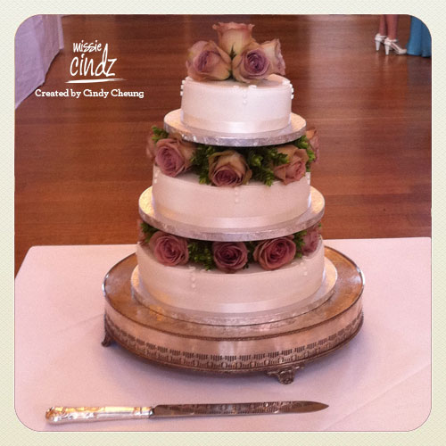 Cake 4: Rachel and Cuong traditional 'English Rose' wedding cake. Beautiful.