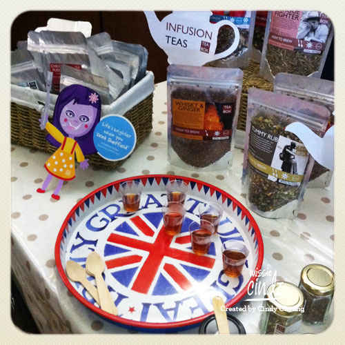 Missie Cindz with Sheffield's Tea Box tea – slurp!
