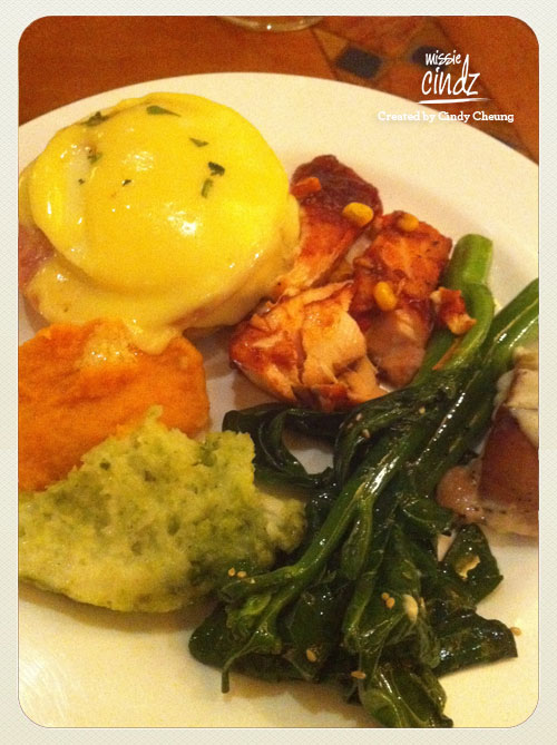 One of my favourites were their homemade Eggs Benedict. Yum!
